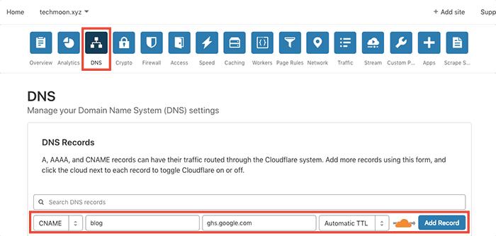 在 CloudFlare 的 DNS 當中,新增一條 CNAME 紀錄,並將其指向至 ghs.google.com。